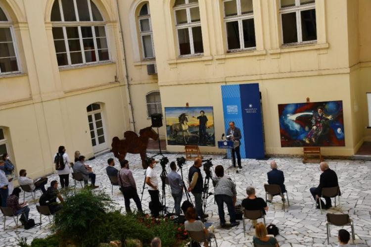 Η Μακεδονία τιμά στη Βέροια το Μίκη Θεοδωράκη με το έργο του Μάκη Βαρλάμη