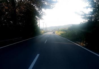Διαγραμμίσεις στον παλιό δρόμο Βέροιας-Νάουσας