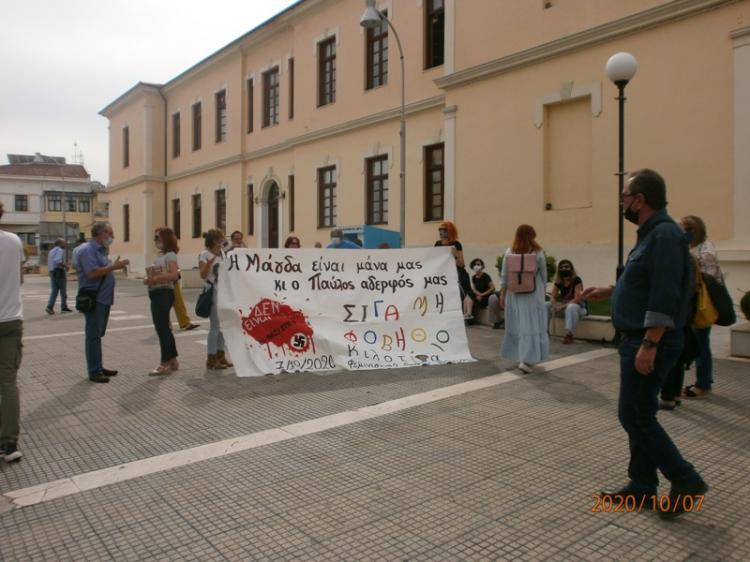 Ένοχη η Χρυσή Αυγή : Σήκωσαν πανό υπέρ του δολοφονημένου και κατά της Χρυσής Αυγής οι Βεροιώτες!