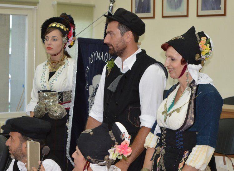 Πανδαισία ήχων, χρωμάτων και χορών στην πρεμιέρα του 25ου φεστιβάλ CIOFF-Πυρσού Νάουσας