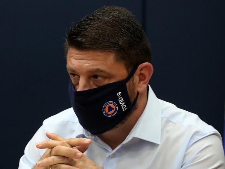 Χαρδαλιάς : Υποχρεωτική η μάσκα σε όλη τη χώρα