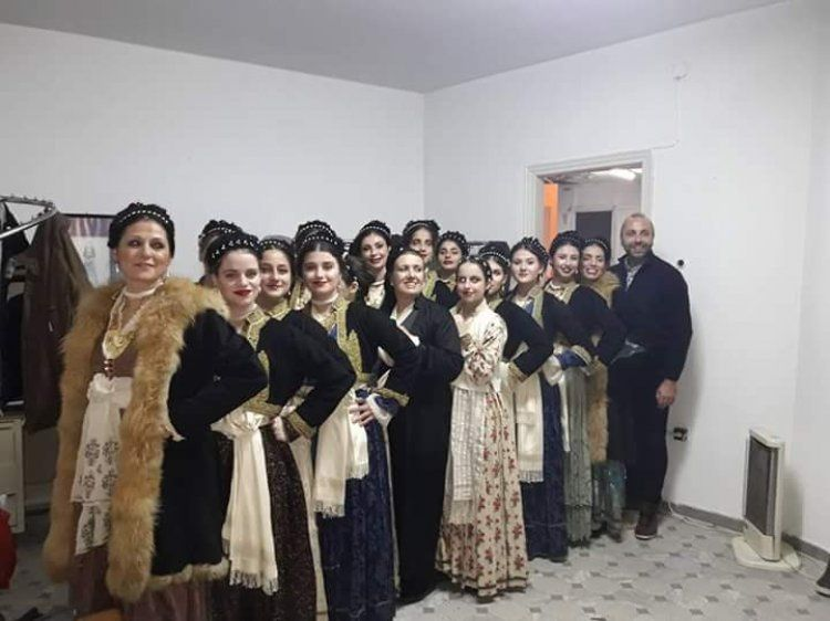 Το Λύκειο των Ελληνίδων Βέροιας στο 3ο Φεστιβάλ Λαογραφίας και παραδοσιακών χορών στη Νάουσα