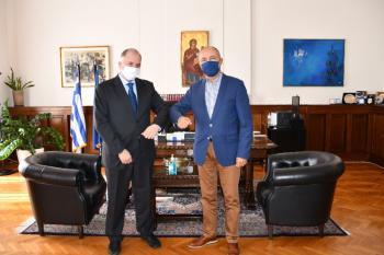Ο Θ. Καράογλου υπέγραψε μνημόνιο συνεργασίας με την Ανεξάρτητη Αρχή Δημοσίων Συμβάσεων