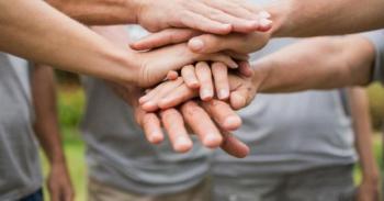 Μητρώο εθελοντών Δήμου Νάουσας : «Γίνε κι εσύ εθελοντής»