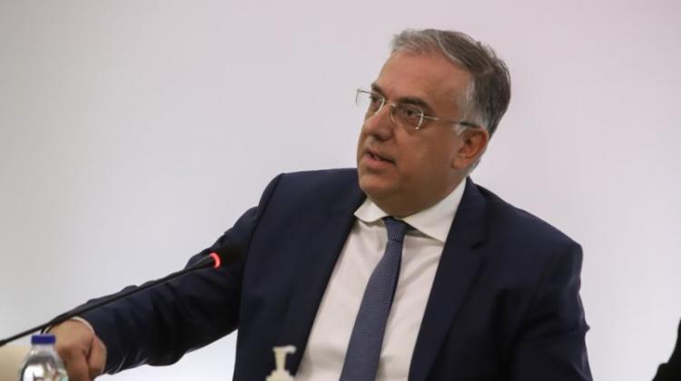 Θεοδωρικάκος: Έρχεται νόμος για έκτακτες προσλήψεις λόγω κορωνοϊού σε δήμους και περιφέρειες