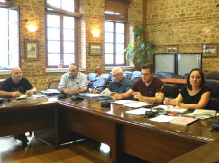 Ομοφωνία και στα 3 θέματα της συνεδρίασης της Κοινότητας Βέροιας