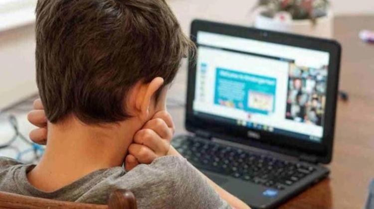 Μετ' εμποδίων η τηλεκπαίδευση, το Webex «κράσαρε» και το υπουργείο τα βλέπει... όλα καλά!