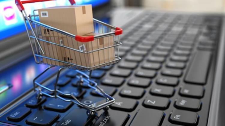 Φρενίτιδα για διαδικτυακές αγορές εν μέσω lockdown!