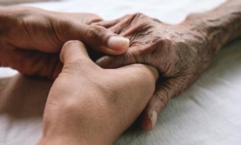 Ψυχολογική υποστήριξη σε ηλικιωμένους από το Κέντρο Κοινωνικής Προστασίας και Αλληλεγγύης Δήμου Νάουσας
