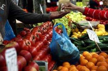Εγκρίθηκε η πρώτη πληρωμή για την ενίσχυση των δικαιούχων παραγωγών λαϊκών αγορών που επλήγησαν από τον κορωνοϊό