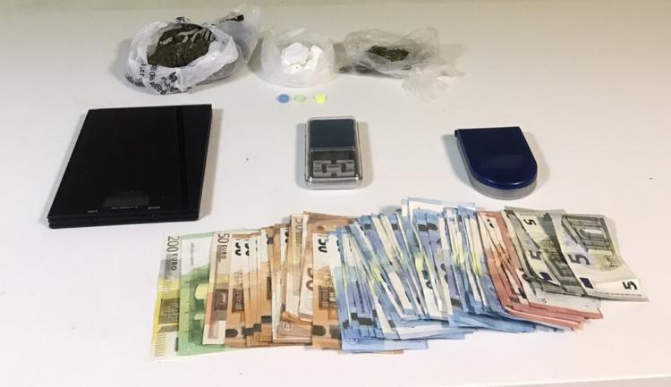 Από το Τμήμα Ασφάλειας Βέροιας συνελήφθη ημεδαπός άνδρας στη Θεσσαλονίκη για διακίνηση ναρκωτικών