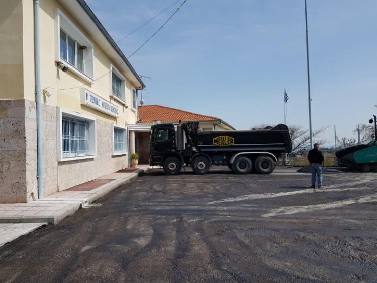 Διαμόρφωση σχολικού αύλειου χώρου στο 1ο ΓΕΛ Βέροιας από τη Διεύθυνση Τεχνικών Υπηρεσιών Δήμου Βέροιας