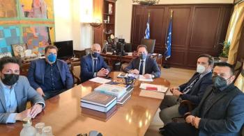 Η αξιοποίηση του αναπτυξιακού προγράμματος «Αντώνης Τρίτσης» στο επίκεντρο της συνάντησης του Δημάρχου Νάουσας Ν.Καρανικόλα με τον Αναπλ. Υπ. Εσωτερικών Στ.Πέτσα