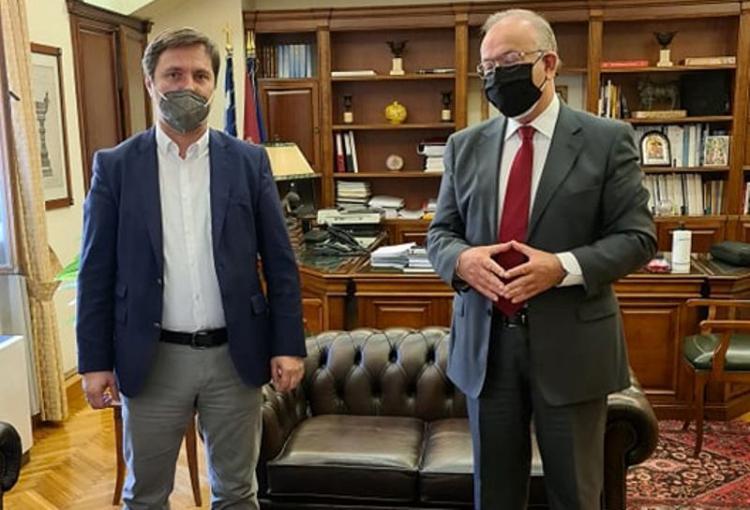 Συνάντηση Δημάρχου Νάουσας Ν.Καρανικόλα με τον Πρόεδρο του Ταμείου Παρακαταθηκών και Δανείων Δ.Σταμάτη