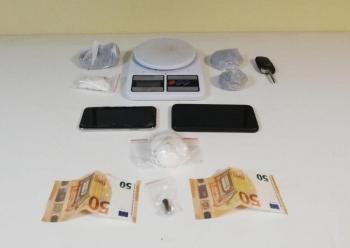 Σύλληψη για κατοχή κάνναβης, ηλεκτρονική ζυγαριάς και σφαίρας πυροβόλου όπλου