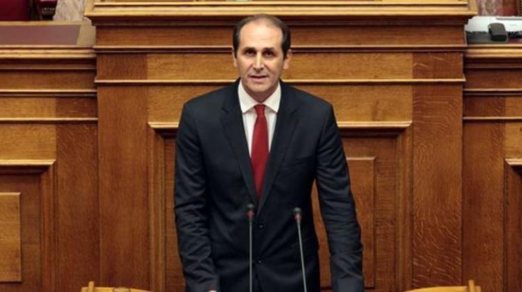 Απ.Βεσυρόπουλος : «Μέτρα μείωσης ενοικίων και για το μήνα Μάιο. Δυνατότητα υποβολής κατ' εξαίρεση αίτησης ένταξης στην Επιστρεπτέα Προκαταβολή 7»