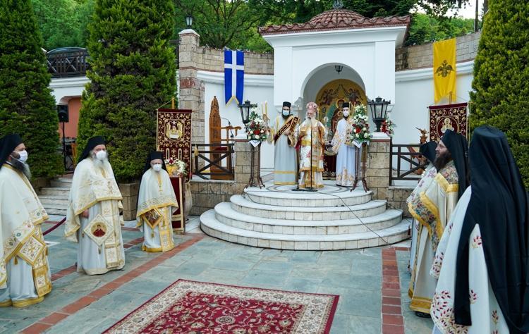 Πανηγυρικός Εσπερινός της Ζωοδόχου Πηγής στην Ιερά Μονή της Παναγίας Δοβρά Βεροίας