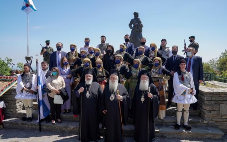 Εορτάστηκε η μνήμη των Αγίων Δισχιλίων Ναουσαίων Νεομαρτύρων και η επέτειος του Ολοκαυτώματος της Ναούσης