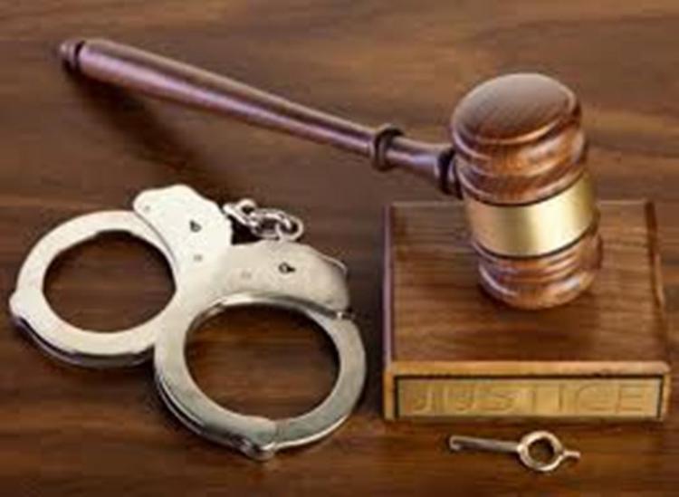 Η τάξη απαιτεί και.. νόμο!  -Του Θόδωρου Ελευθεριάδη