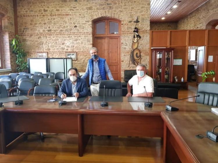 Δήμος Βέροιας : Υπογραφή Σύμβασης με τίτλο «ΣΥΝΤΗΡΗΣΗ ΚΟΙΝΟΧΡΗΣΤΩΝ ΧΩΡΩΝ Δ.Ε. ΔΟΒΡΑ»