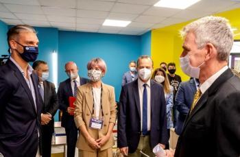 Η Περιφέρεια Κεντρικής Μακεδονίας και η Πρεσβεία των ΗΠΑ στην Ελλάδα εξοπλίζουν το εργαστήριο τεχνολογίας της EduAct στη Θεσσαλονίκη