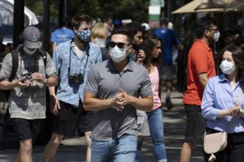 Τέλος οι μάσκες από σήμερα σε εξωτερικούς χώρους - Αρση της απαγόρευσης κυκλοφορίας από Δευτέρα