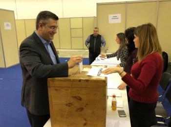 Ψήφισε για το επιμελητήριο και ο Απόστολος Τζιτζικώστας