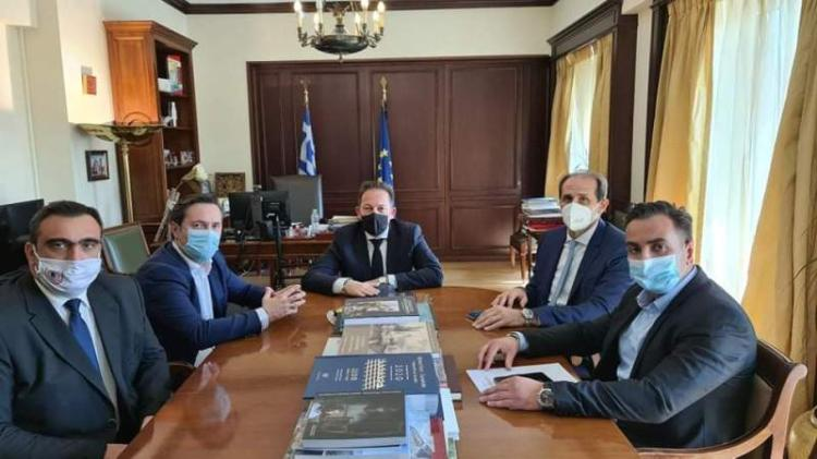 Διαδοχικές συναντήσεις του Δημάρχου Νάουσας στην Αθήνα με τον Αν. Υπουργό Εσωτερικών κ. Στέλιο Πέτσα και τον Υφ. Οικονομικών κ. Απόστολο Βεσυρόπουλο