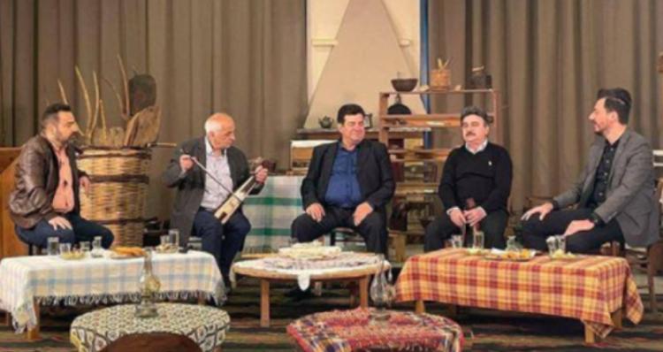 Μαθήματα λύρας στην Εύξεινο Λέσχη Βέροιας