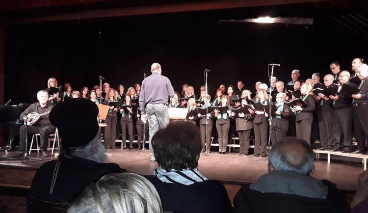 Πραγματοποιήθηκε η χριστουγεννιάτικη γιορτή του Ομίλου Προστασίας Παιδιού Βέροιας, με τη συνεργασία της «Μουσικής Πολυφωνίας»