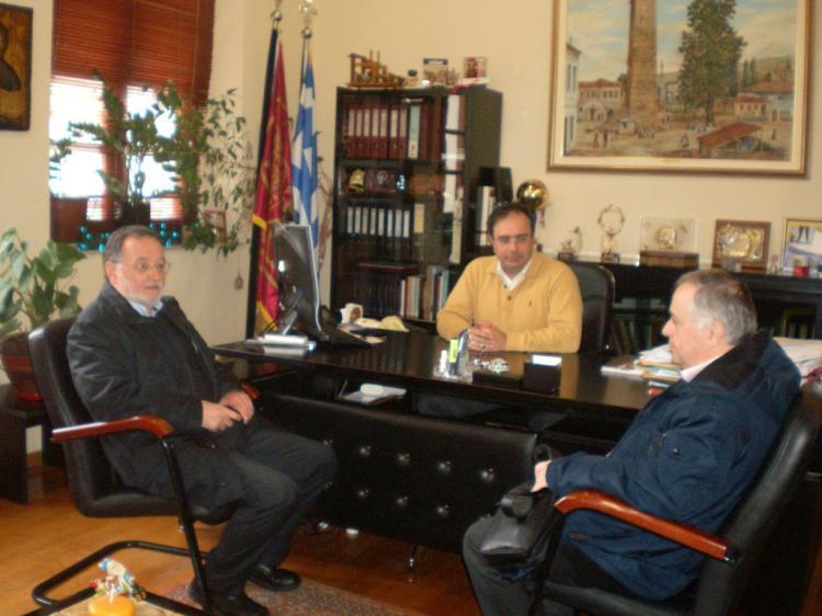 Π.Λαφαζάνης κατα την περιοδεία του στην Ημαθία: «Οι πολιτικές των ΣΥΡΙΖΑ - ΑΝΕΛ εξαθλιώνουν την κοινωνία»