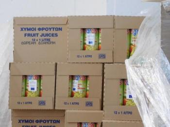 Διανομή χυμών στους δικαιούχους του προγράμματος επισιτιστικής βοήθειας σήμερα στη Νάουσα
