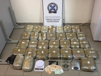 Συνελήφθησαν 2 αδέλφια για διακίνηση μεγάλων ποσοτήτων κάνναβης, κατασχέθηκαν πάνω από 38 κιλά