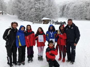 Διακρίσεις αθλητριών του ΕΟΣ Νάουσας στα Αγωνίσματα compi στο χιονοδρομικό κέντρο Φλώρινας