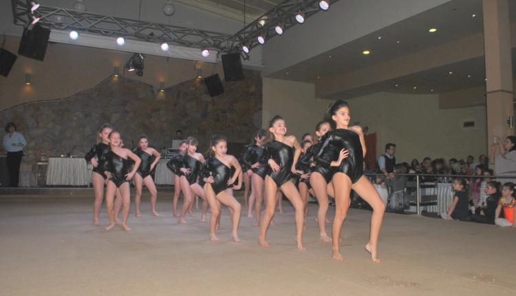 Πραγματοποιήθηκε η κοπή βασιλόπιτας και ο ετήσιος χορός του Α.Ο.Ρ.Γ. Βέροιας