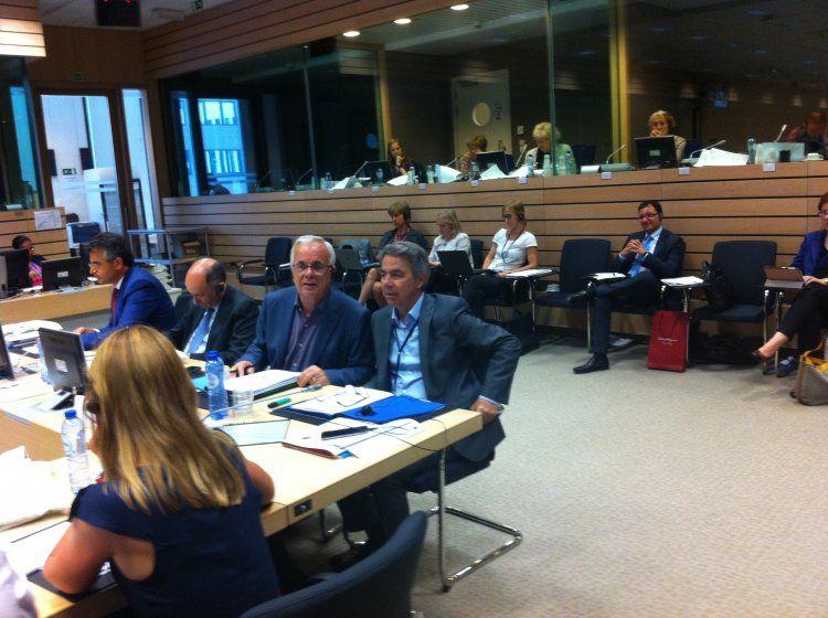 Παρέμβαση - διαφωνία Αποστόλου στα σενάρια μείωσης της χρηματοδότησης προς τη γεωργία