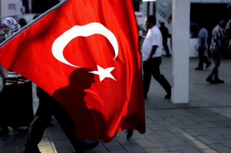 Στη φυλακή η διευθύντρια του παραρτήματος της Διεθνούς Αμνηστίας στην Τουρκία