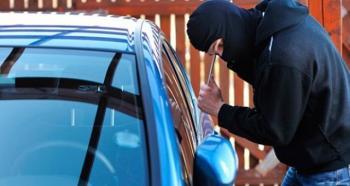 Σύλληψη 43χρονου σε περιοχή της Ημαθίας για διάρρηξη αυτοκινήτου και κλοπή φωτογραφικής μηχανής