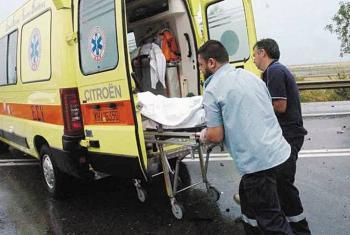 Ένας νεκρός σε σύγκρουση αυτοκινήτου με λεωφορείο στο 66ο χλμ της ΠΕΟ Θεσ/νίκης - Βέροιας