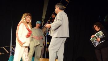 Με επιτυχία η παράσταση «Εχθροί εξ αίματος» της ομάδας θεάτρου εκπαιδευτικών του ΕΠΑΛ Βέροιας