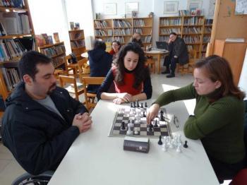 Μαθήματα σκακιού για ενήλικες από την Εύξεινο Λέσχη Ποντίων Νάουσας