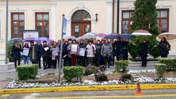Συγκέντρωση διαμαρτυρίας εργαζομένων στους Δημοτικούς Παιδικούς Σταθμούς Δήμου Βέροιας