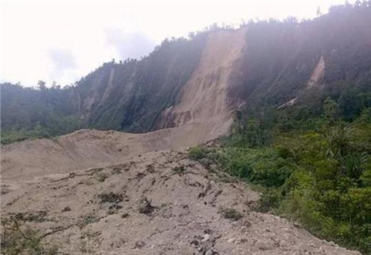 Πάνω από 30 νεκροί από σεισμό 7,5 Ρίχτερ στην Παπούα Νέα Γουινέα