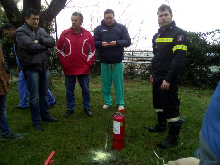 Εκπαίδευση των ομάδων πυροπροστασίας-πυρασφάλειας στο Νοσοκομείο Νάουσας από την Π.Υ.
