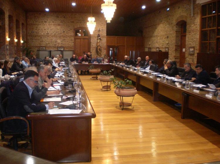 Κυκλοφοριακή μελέτη, πρώην δικαστικό μέγαρο, εκλογικό σύστημα και αγροτική οδοποιϊα συζητήθηκαν στο Δ.Σ. Βέροιας
