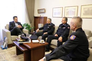 Επίσκεψη της νέας ηγεσίας του πυροσβεστικού σώματος στη βόρεια Ελλάδα στον Απόστολο Τζιτζικώστα
