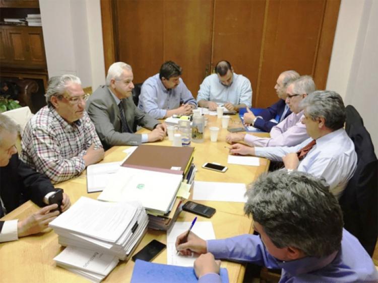 Συνάντηση πανελλήνιου ιατρικού συλλόγου με τον υπουργό Υγείας για τις συμβάσεις ΕΟΠΥΥ και τα γενικότερα ζητήματα υγείας