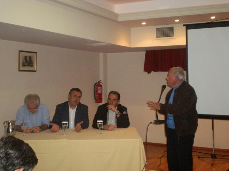 Ραντεβού στη Θεσσαλονίκη έδωσαν οι ροδακινοπαραγωγοί την Τετάρτη για να τα πουν στον Τσίπρα