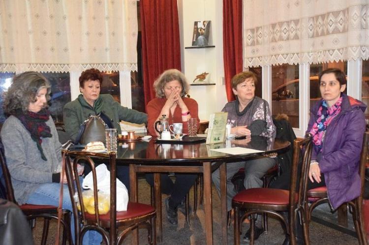 Παρεμβάσεις και βελτιώσεις στις πλατείες Ωρολογίου και Πλατάνων της Βέροιας ζητά ομάδα πολιτών