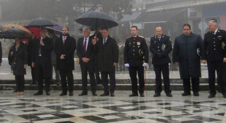 Με βροχερό καιρό, αλλά λαμπρή διάθεση, γιόρτασε η Ημαθία την επέτειο της 25ης Μαρτίου!
